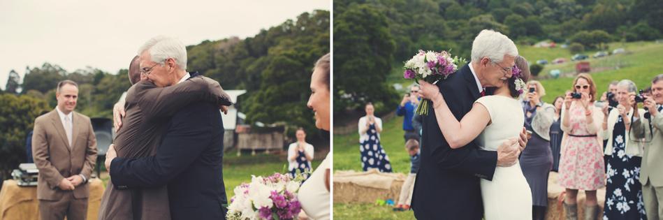 Barn wedding Bolinas - Mann Family Farm ©Anne-Claire Brun0093