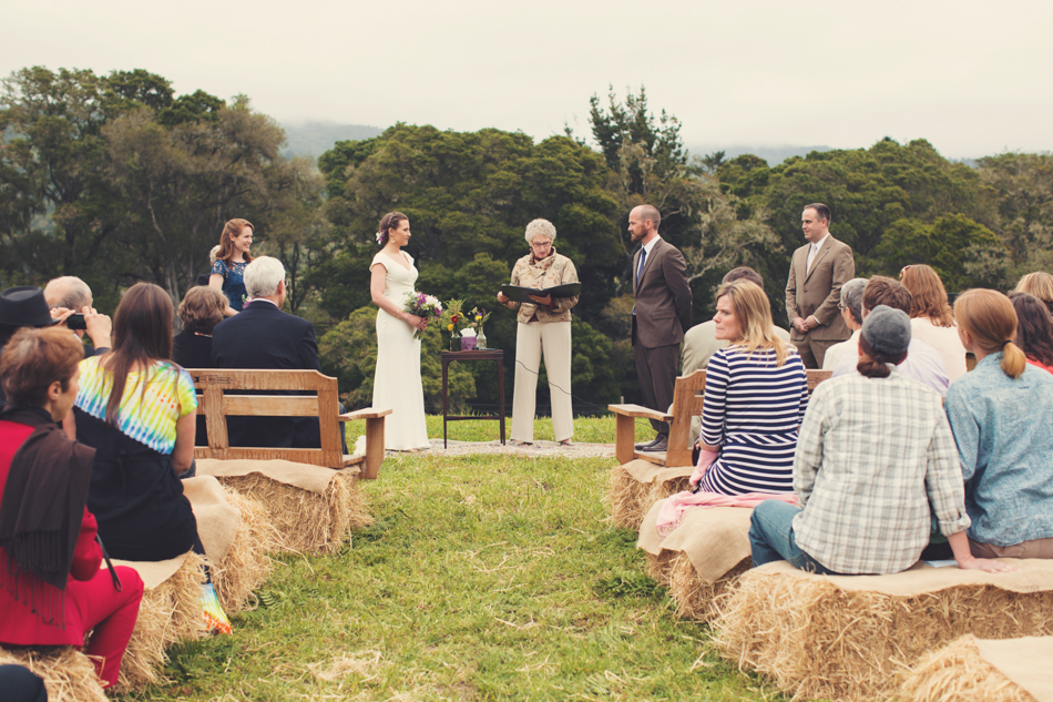 Barn wedding Bolinas - Mann Family Farm ©Anne-Claire Brun0096