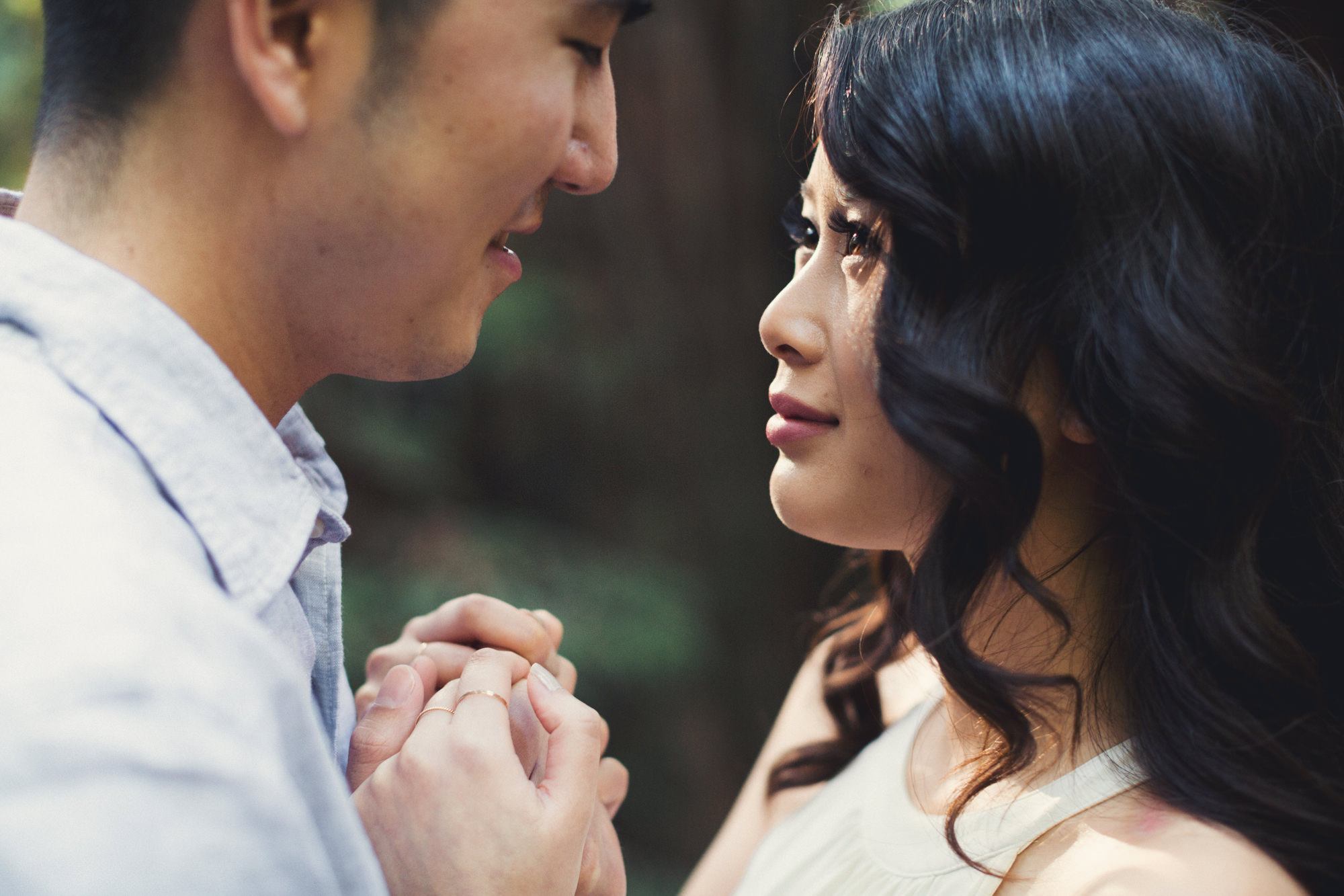 Engagement photos in Muir Woods @Anne-Claire Brun 041