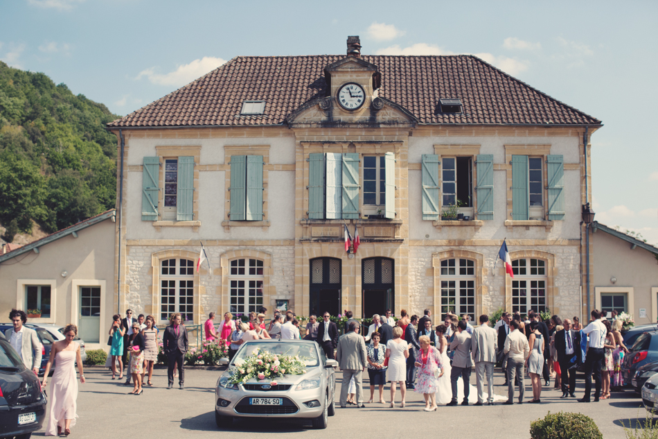 A Rustic Elegant Wedding in a French Manor055