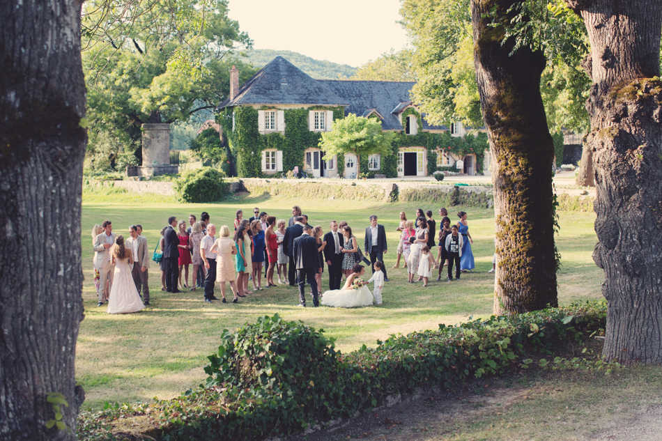 A Rustic Elegant Wedding in a French Manor092