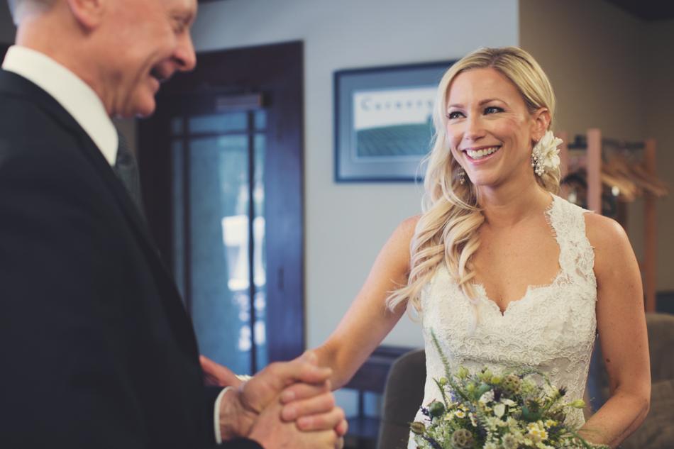 Gloria Ferrer Wedding Elopement in Napa Vineyard ©Anne-Claire Brun 0014