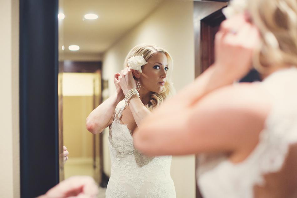 Gloria Ferrer Wedding Elopement in Napa Vineyard ©Anne-Claire Brun 0018