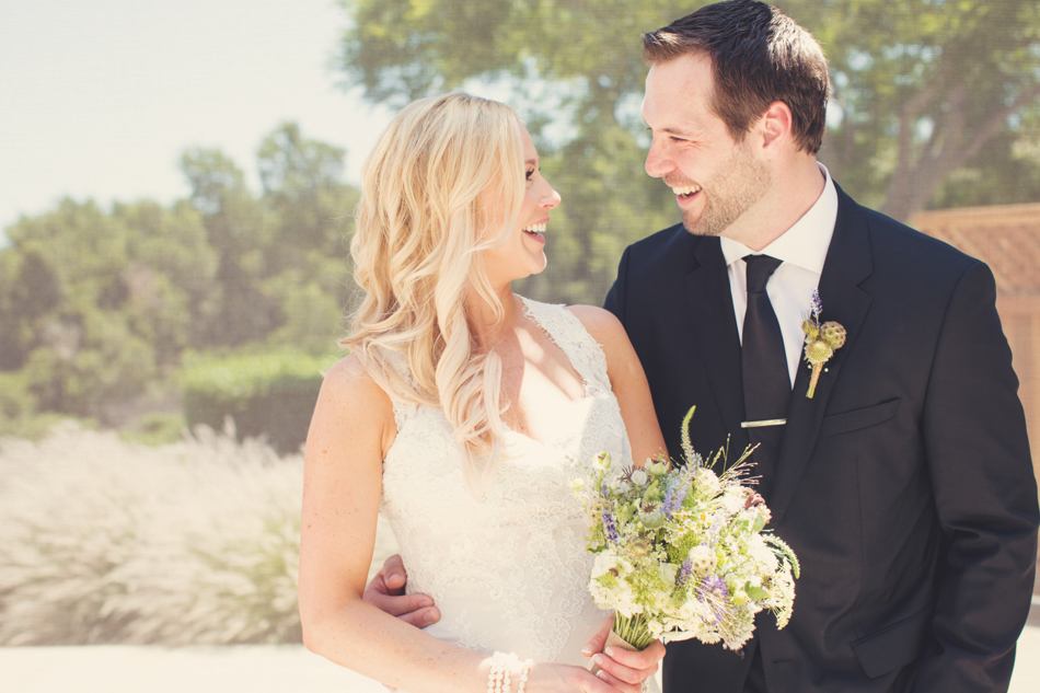 Gloria Ferrer Wedding Elopement in Napa Vineyard ©Anne-Claire Brun 0038