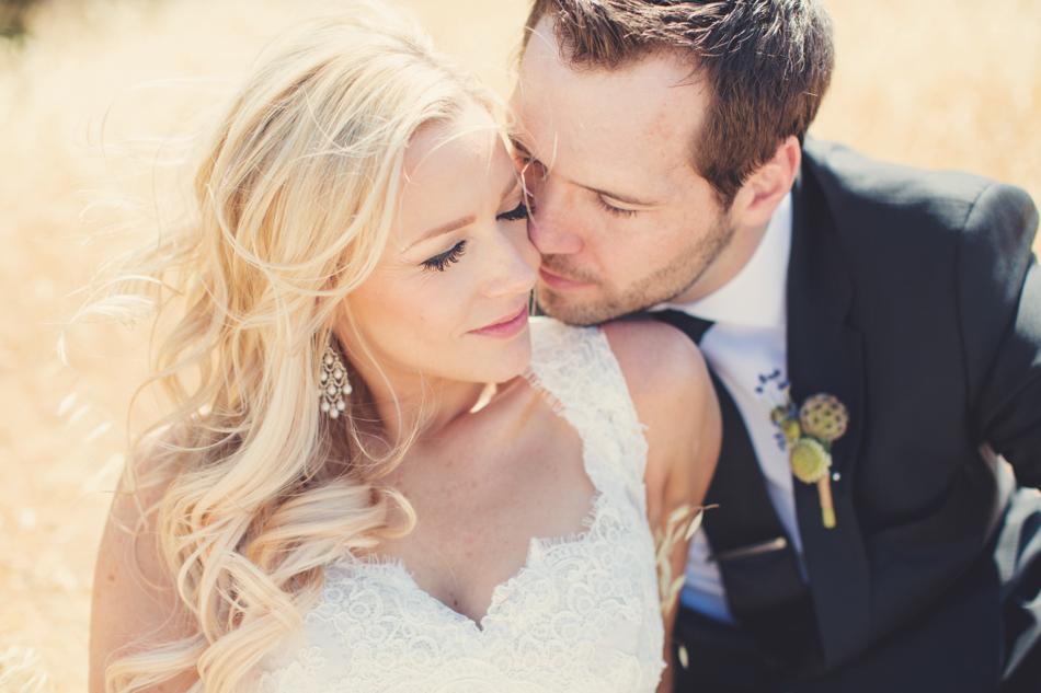 Gloria Ferrer Wedding Elopement in Napa Vineyard ©Anne-Claire Brun 0052