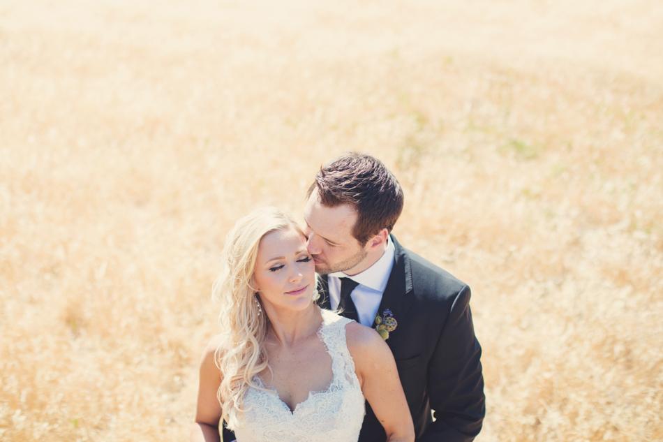 Gloria Ferrer Wedding Elopement in Napa Vineyard ©Anne-Claire Brun 0055