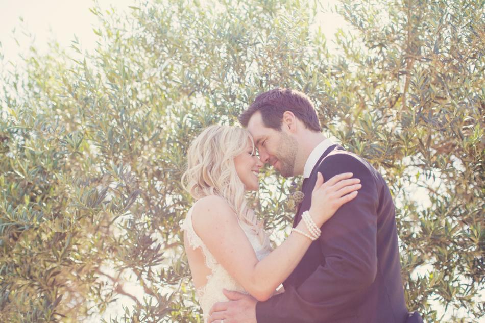Gloria Ferrer Wedding Elopement in Napa Vineyard ©Anne-Claire Brun 0057