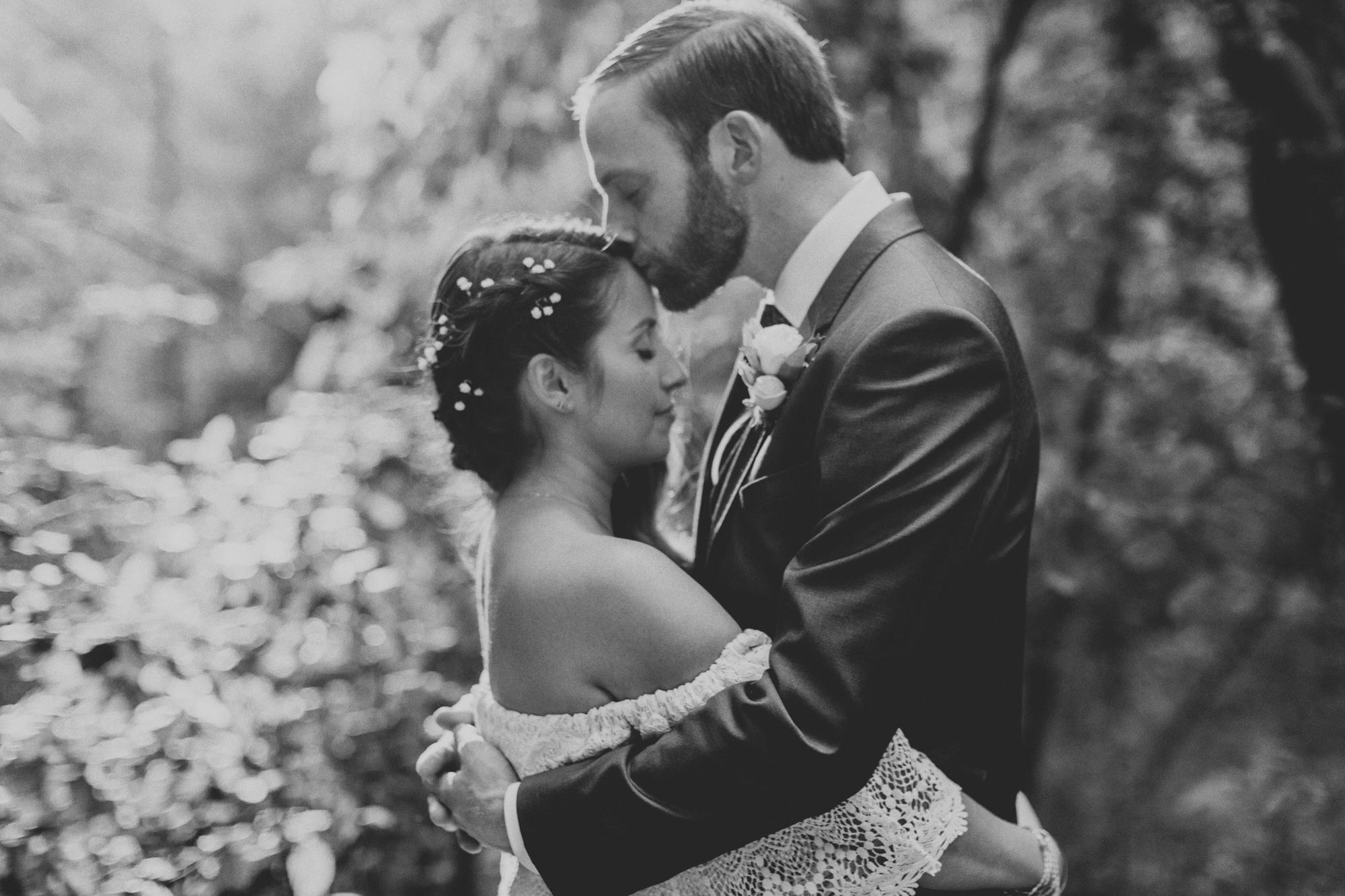 Sequoia Retreat Center Wedding@Anne-Claire Brun 112