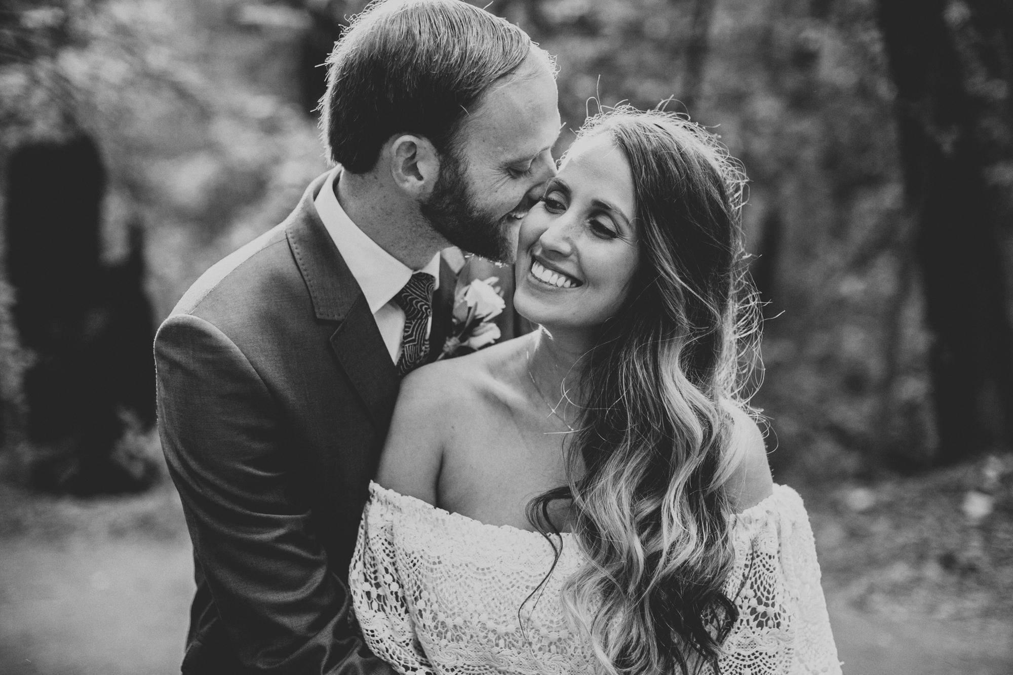 Sequoia Retreat Center Wedding@Anne-Claire Brun 116