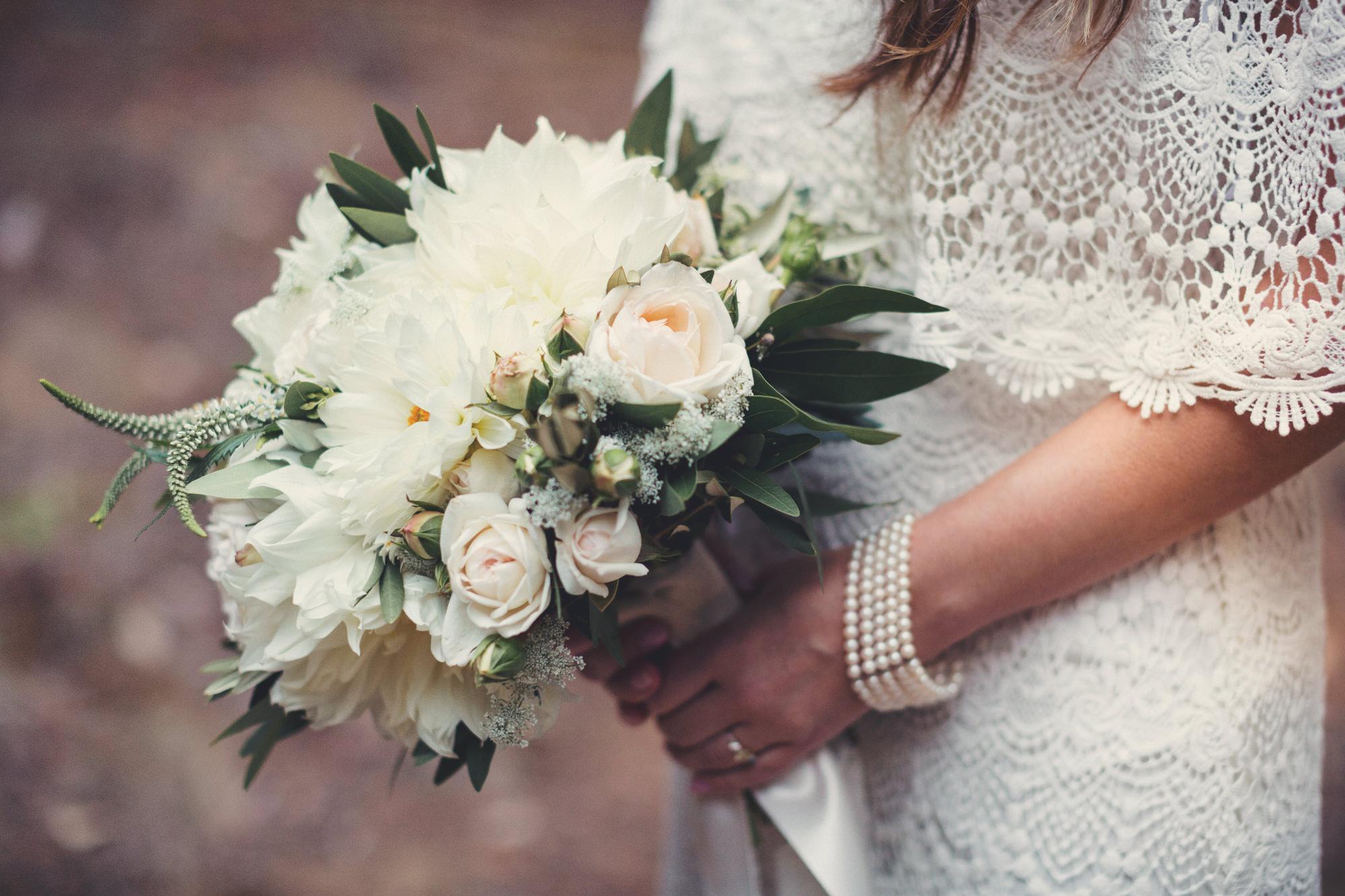 Sequoia Retreat Center Wedding@Anne-Claire Brun 30