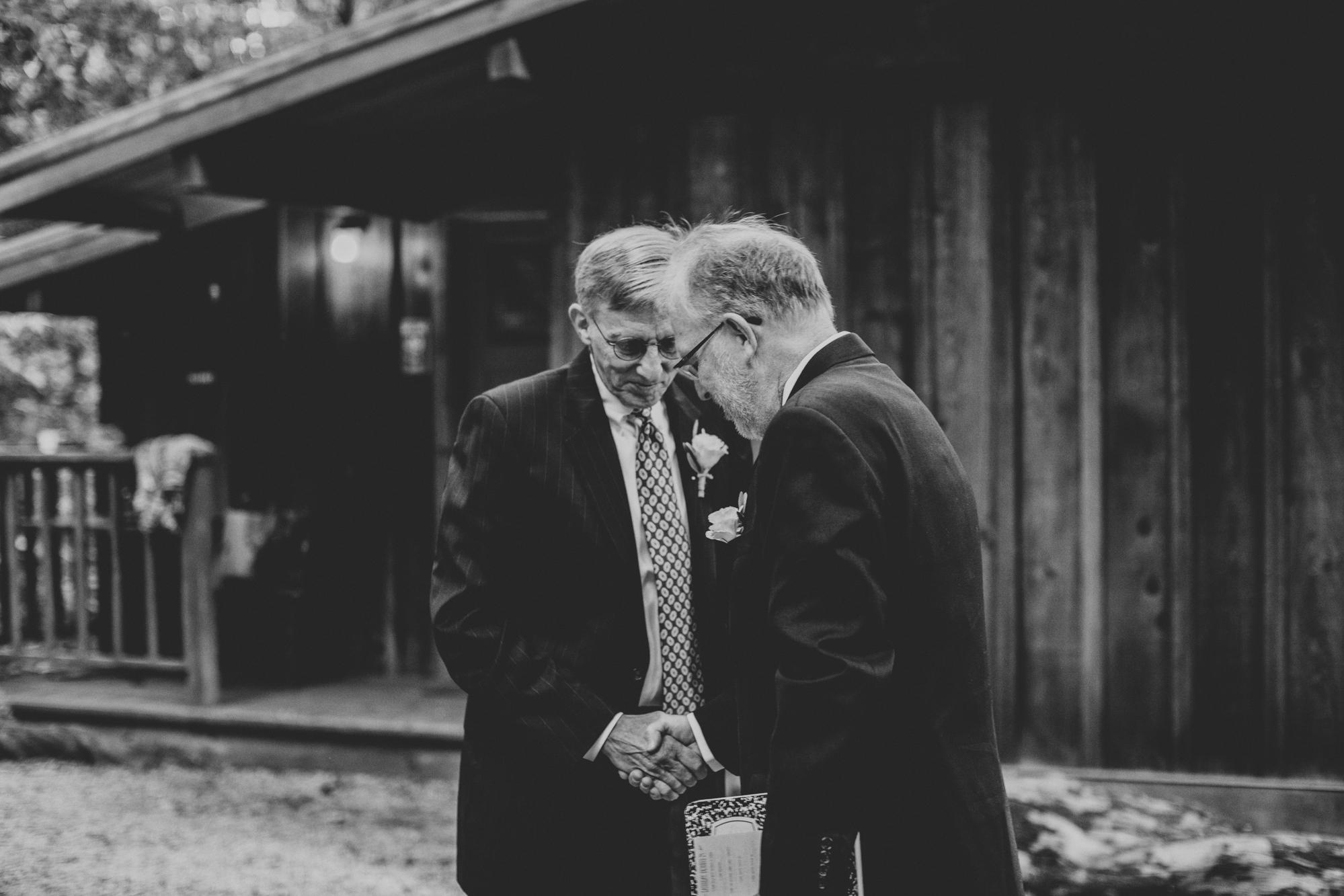 Sequoia Retreat Center Wedding@Anne-Claire Brun 45