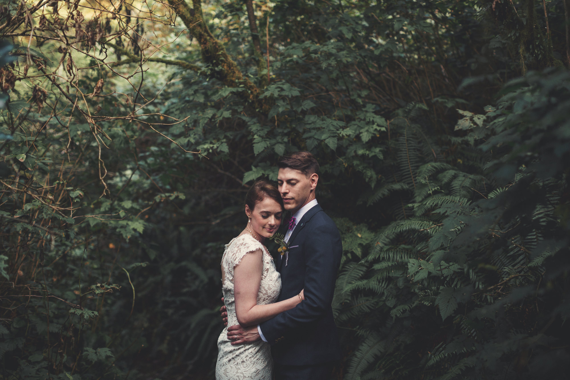 Oregon Backyard Wedding ©Anne-Claire Brun 201