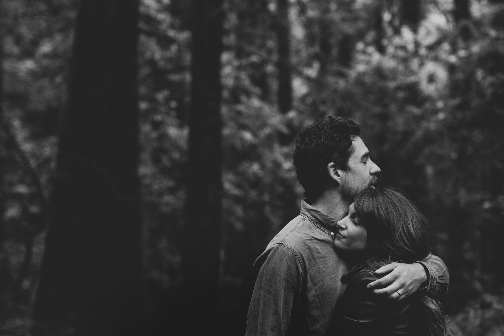 Muir Woods Couple Photos ©Anne-Claire Brun