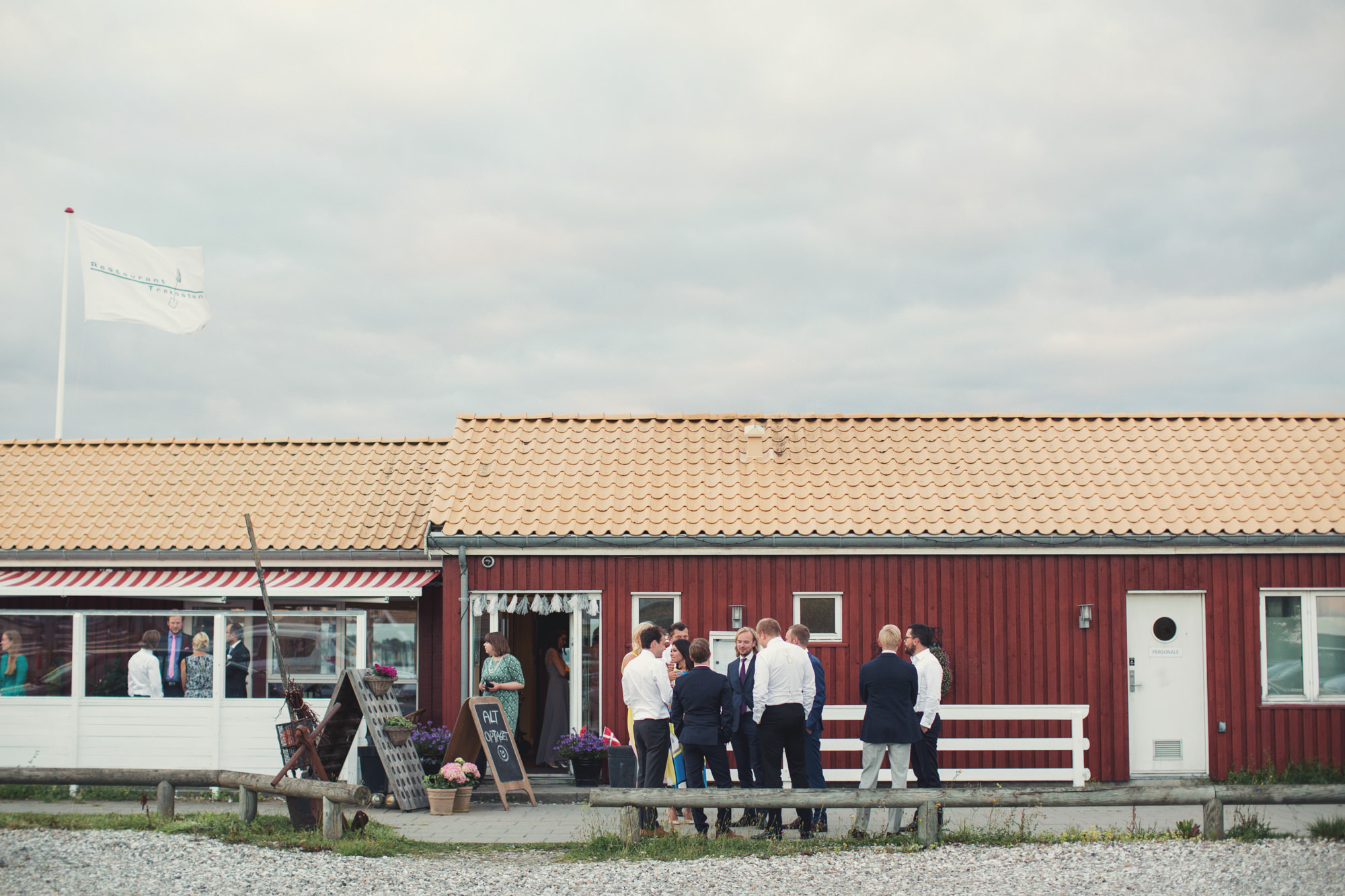 Oceanside Wedding in Denmark ©Anne-Claire Brun 0057